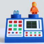 Un héroe construyó una computadora espacial Lego de la vieja escuela que realmente funciona